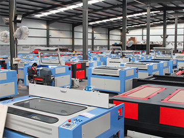 Laser cutting machine workshop