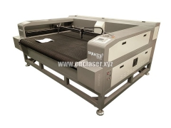 Auto feeding laser cutting machine for fabric