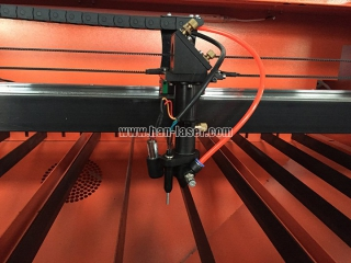 CO2 laser cutting machine applications in industrial enterprises