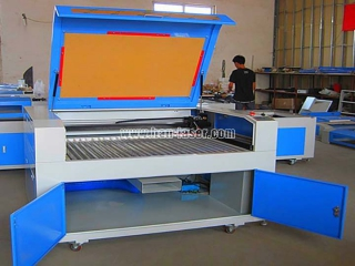 Laser engraving machine maintenance and cleanup