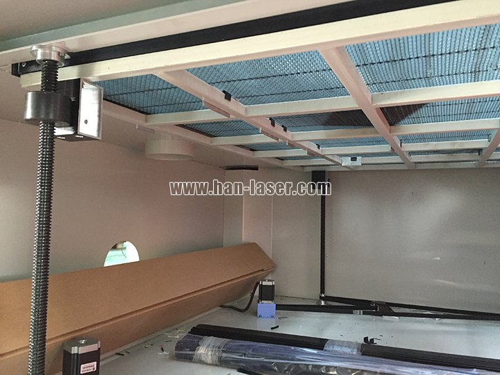 multi laser heads cutting machine up-down table