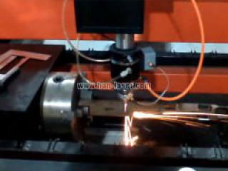 Laser cutting machine used in the metal pipe