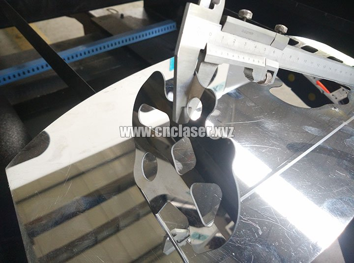 260W co2 stainless steel laser cutting machine samples 2
