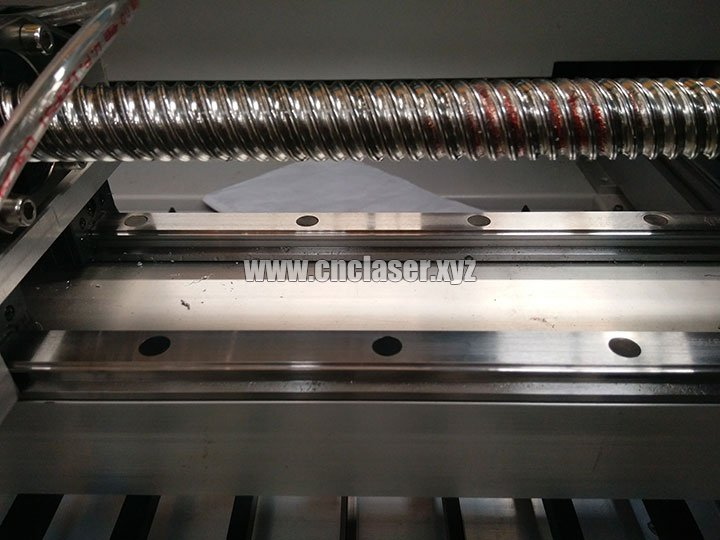 Hiwin guide rail and ball screw