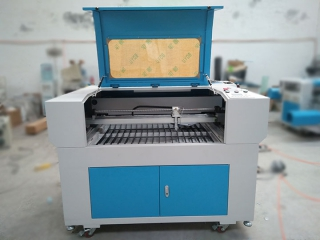 New Design Laser Engraving and Cutting Machine for Thailand Customer